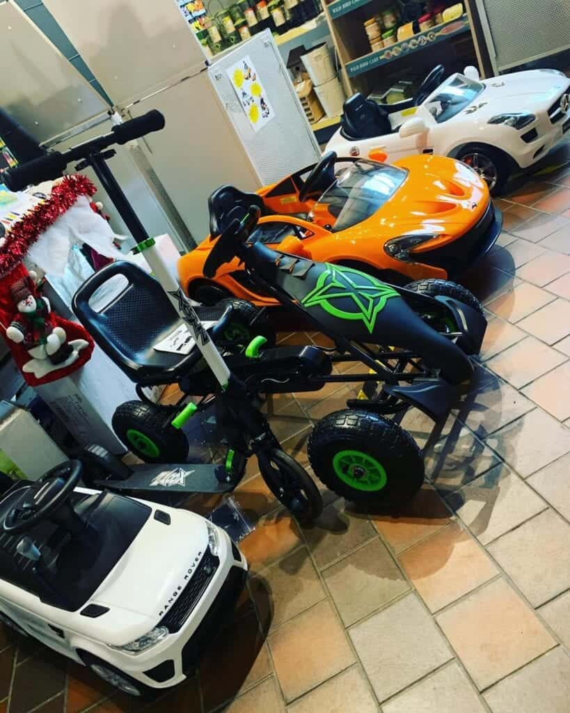 Christmas Gift Ideas, scooters, electric cars & bikes at Bumbles 2020